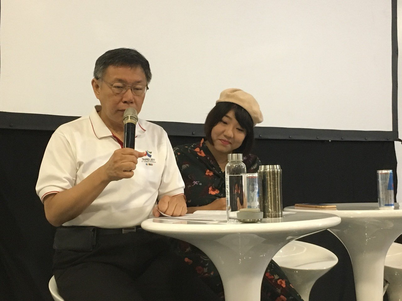 台北市長柯文哲今天出席「2017未來大人物」,與青年代表暢談理念。記者張世杰/攝...