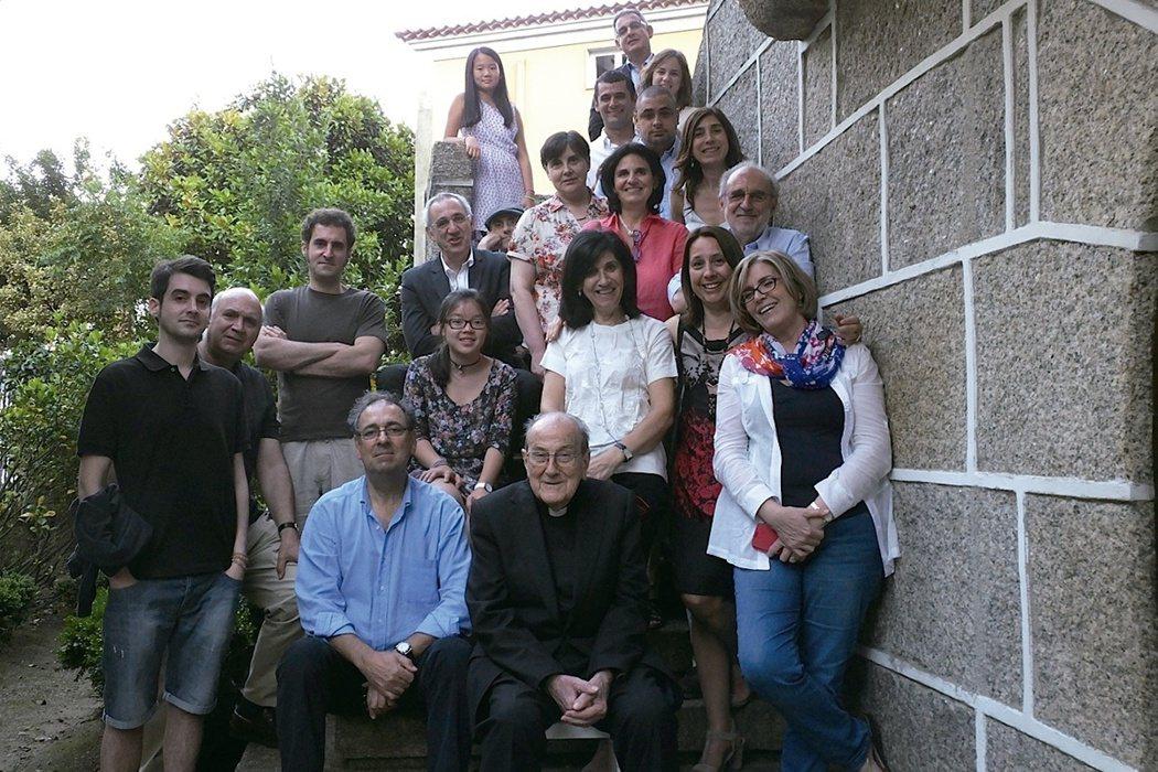 賴甘霖神父與西班牙親戚合影。