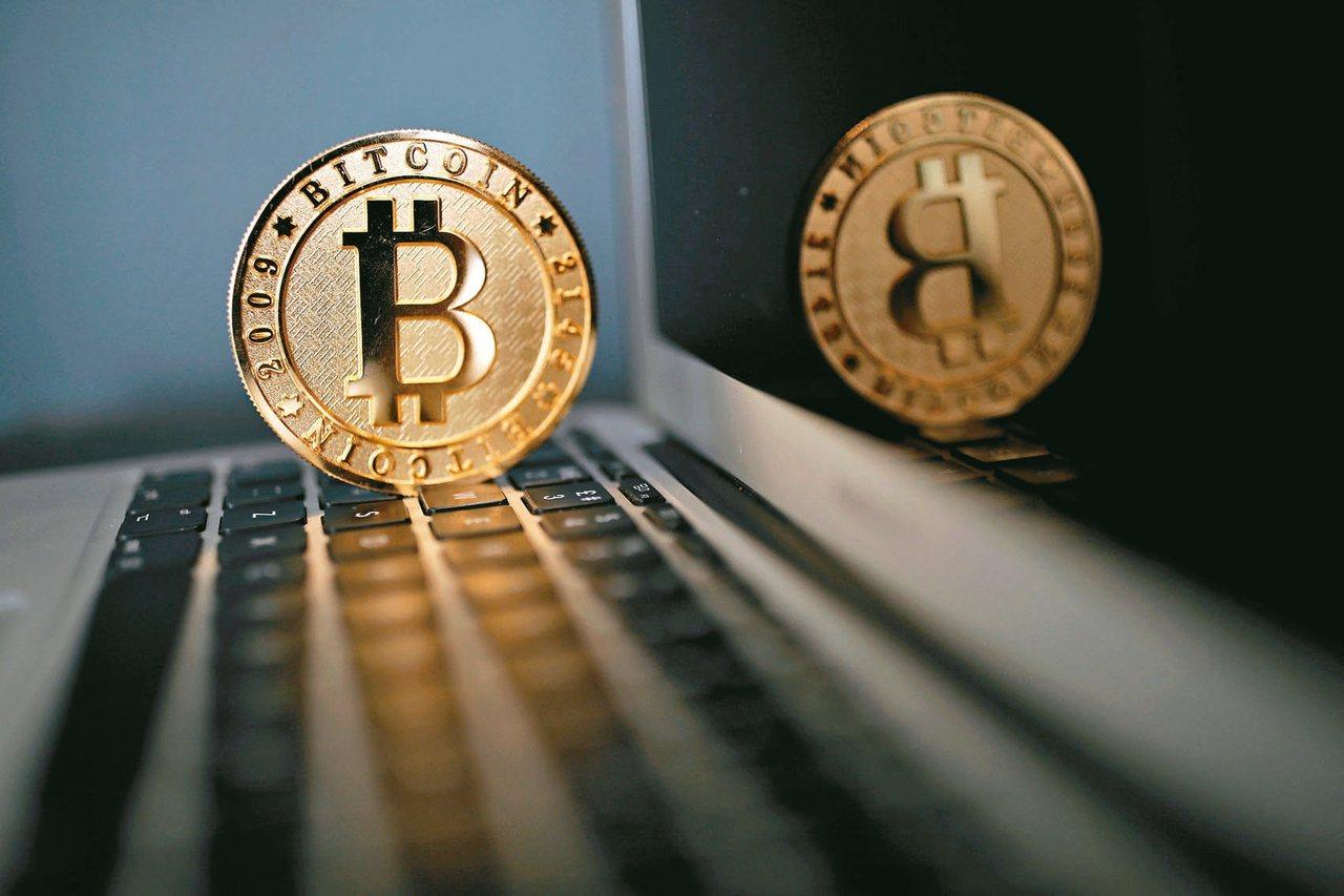 在大陸官方昨天推出虛擬貨幣的監管政策,造成比特幣匯率大幅波動。 (路透)