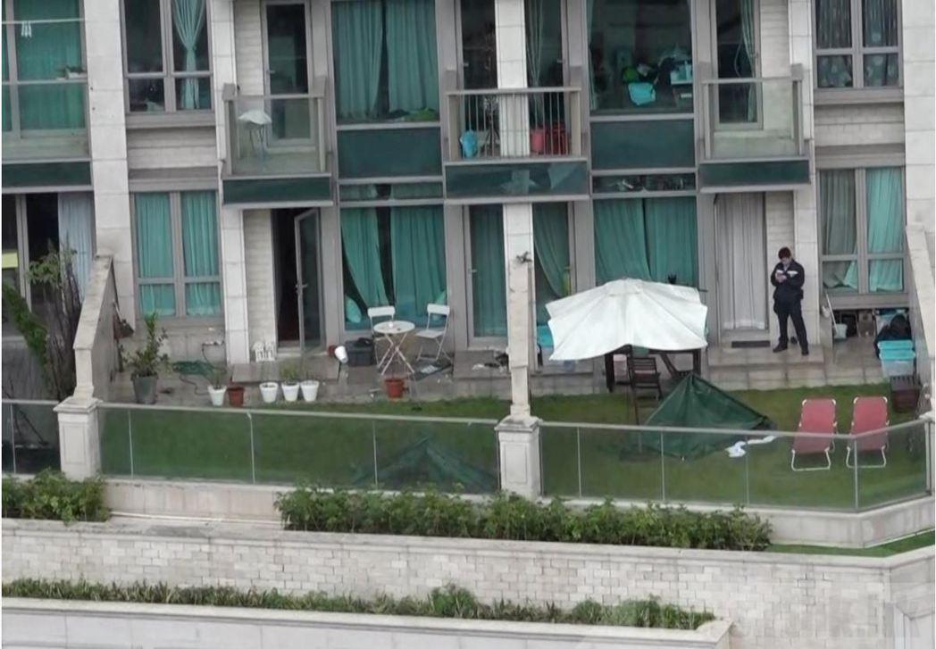 大批重案組探員到場跟進,正循謀殺及自殺案方向調查。(取材自香港電台)