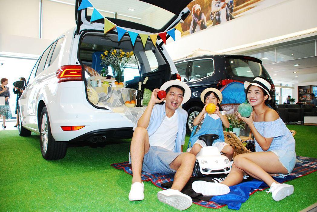 2018年式Volkswagen Touran上市,新莊授權展示暨服務中心打造情...