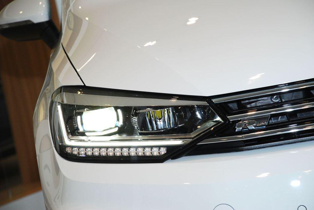 2018年式Volkswagen Touran 330 TDI R-Line L...