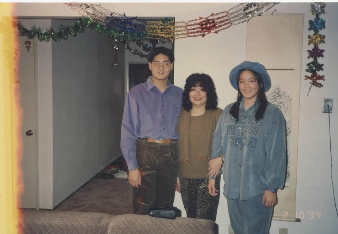 陳翊萱(右)從少女時期體型就不是纖瘦型。圖/艾迪昇提供
