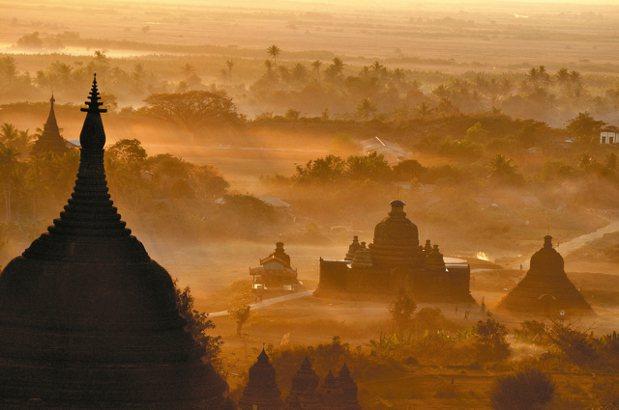 葉孝忠曾多次訪問緬甸。 圖/自由之丘提供