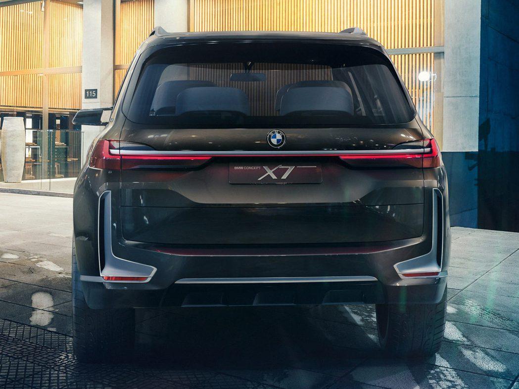 BMW X7 Concept車尾。 摘自Bimmerpost