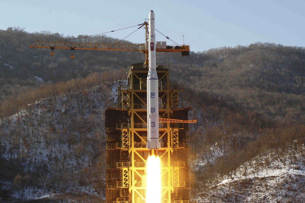 北韓2012年12月成功發射銀河3號火箭搭載衛星升空。 (美聯社)