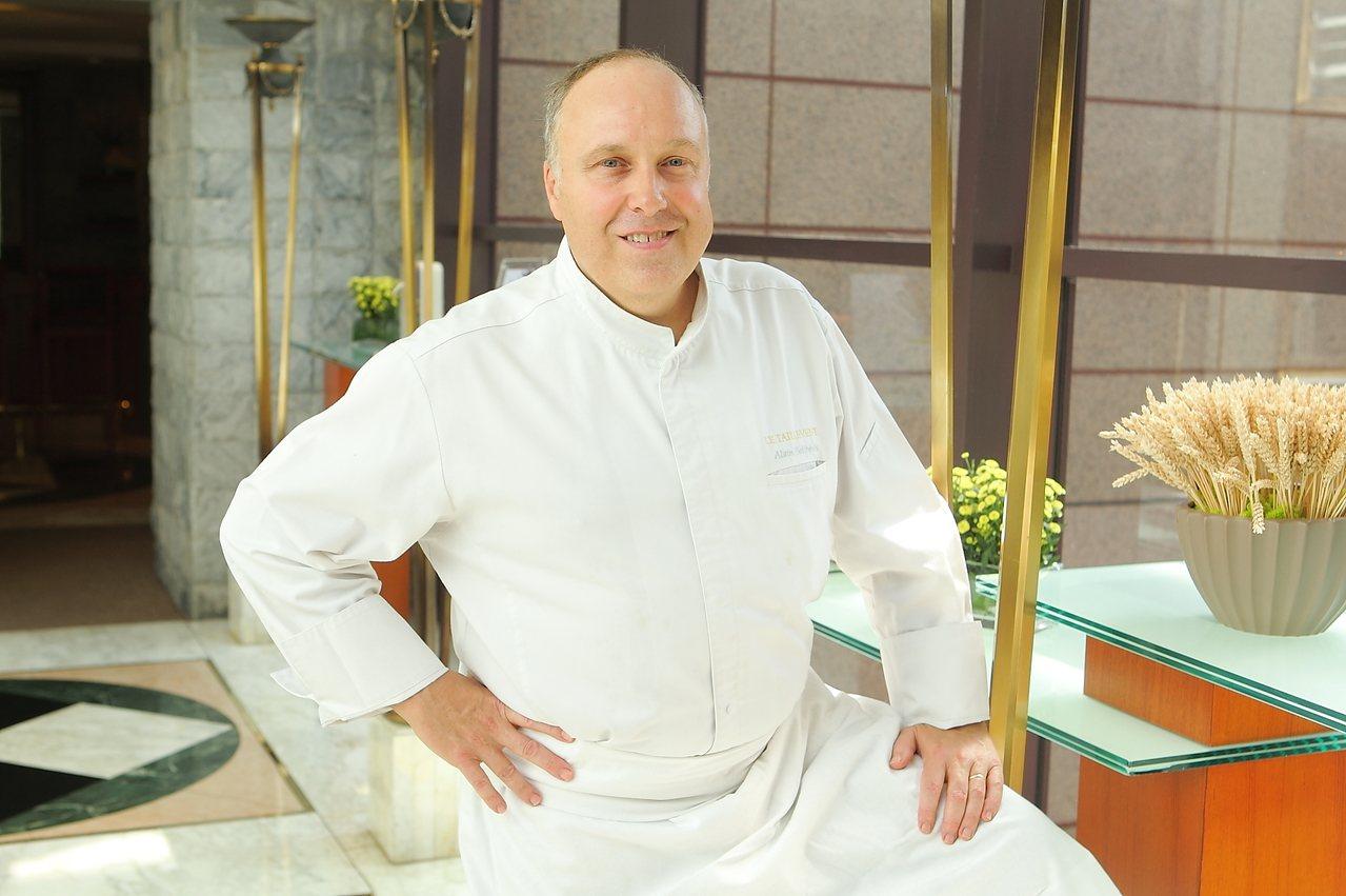 米其林二星餐廳Le Taillevent的主廚亞倫‧索立偉赫,於9月6日至8日客...