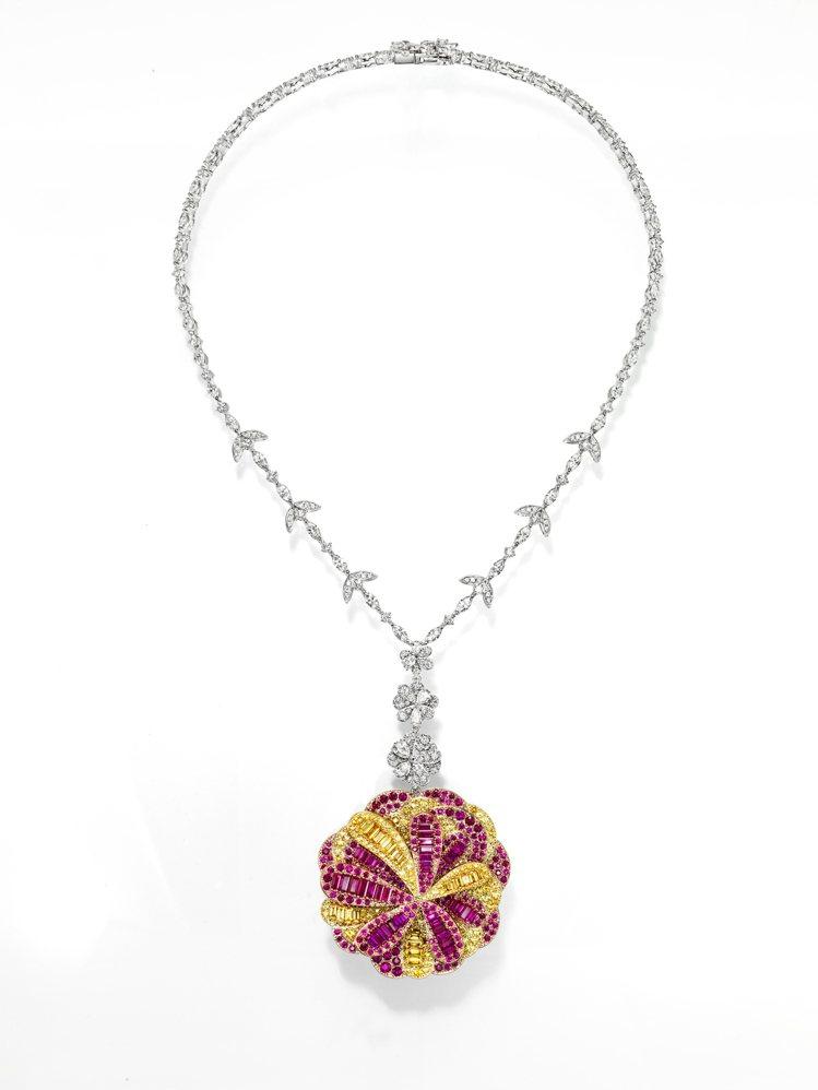 TASAKI dahlia紅寶石彩寶項鍊,採用鉑金、18k黃金、櫻花金鑲嵌紅寶石...