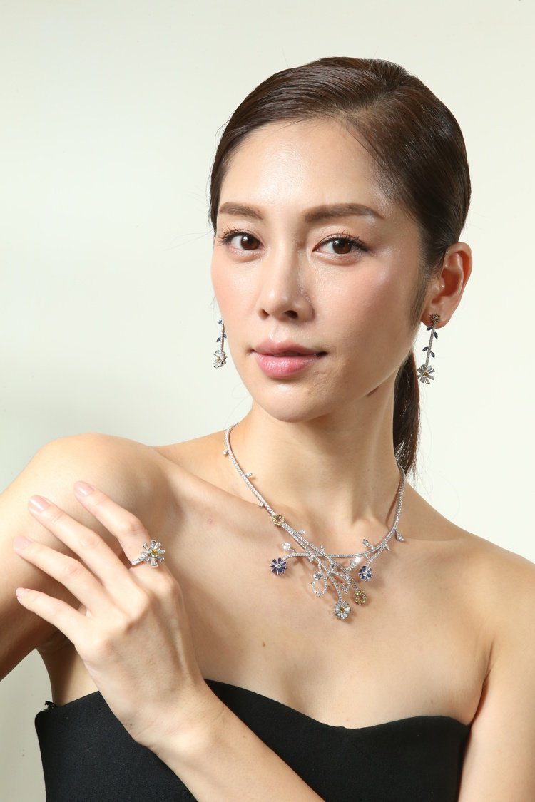 TASAKI全新flatland秋冬高級珠寶發表,名模廖奕琁展示頂級珠寶。圖/記...