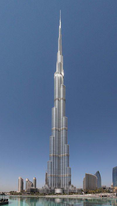 杜拜「哈里發塔」,為當前世界第一高樓與人工構造物,高度為828公尺。 圖/摘自維...