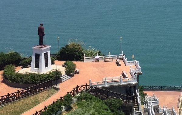 馬祖南竿福澳港附近的蔣公銅像。 記者楊德宜/攝影