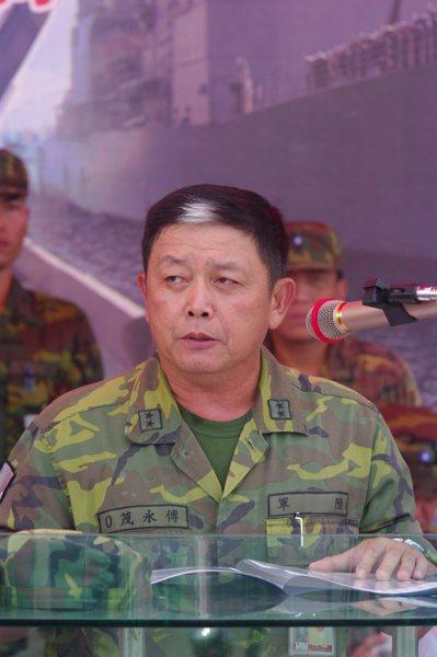 曾任澎防部指揮官時的傅永茂,有「白毛將軍」之稱。 本報資料照片