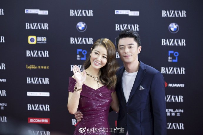 林心如與老公霍建華昨晚出席時尚慈善晚宴。圖/摘自微博