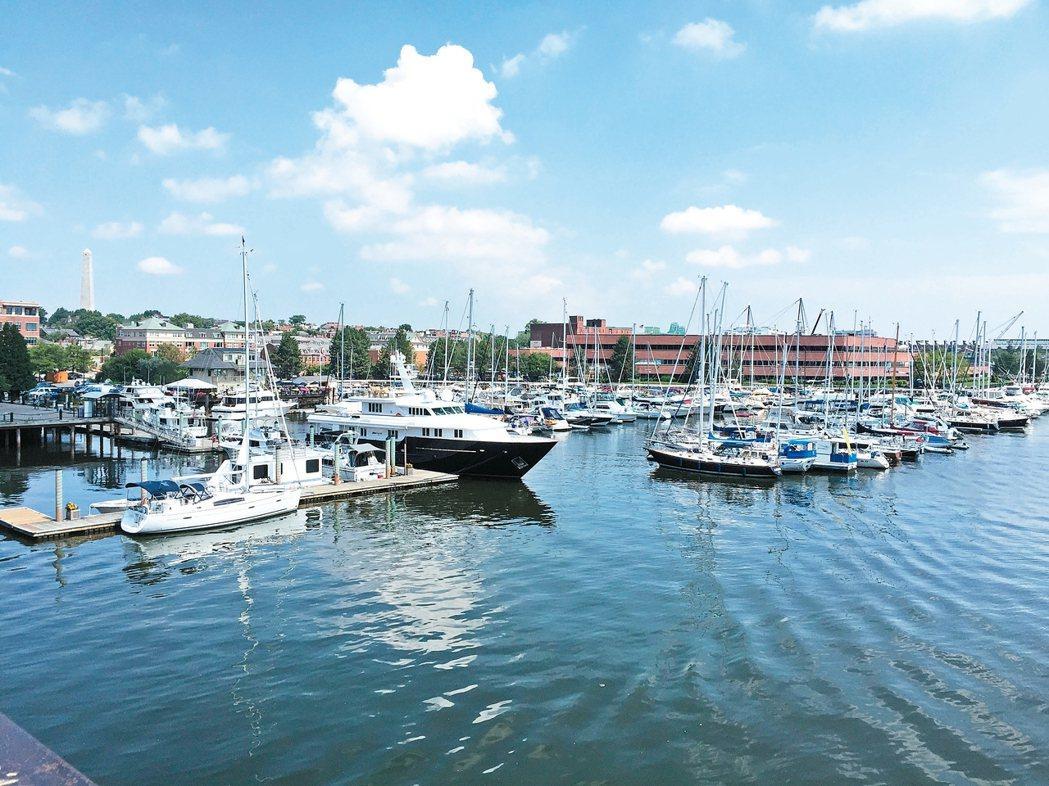 波士頓的港灣景致迷人。 記者蘇詠智/攝影