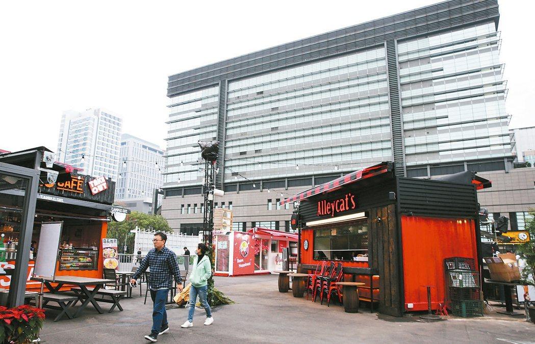 凱悅集團最高端品牌「柏悅」將進駐信義計畫區A7(見圖),同步引入安達仕酒店,投資...