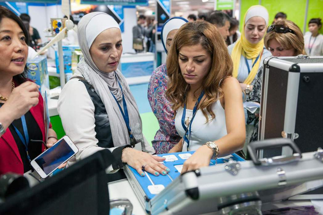 中東、印尼、港澳產學業者表示,臺灣智慧學習產業迅速發展值得學習。 業者/提供
