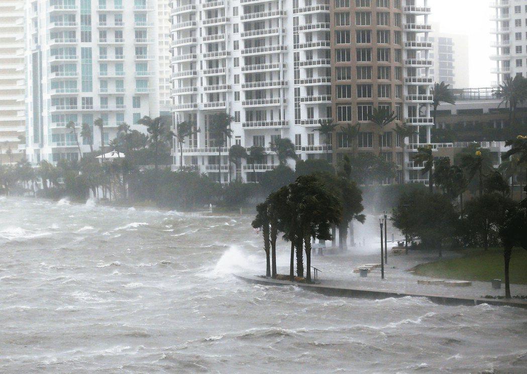 厄瑪颶風後續/佛州南區「所有一切」泡水