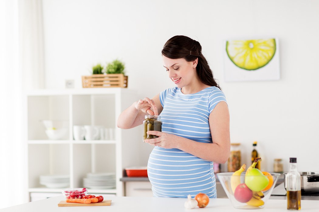 懷孕期間的營養攝取關係到胎兒的發展,除了五大營養素都需要均衡攝取外,對於胎兒腦部...