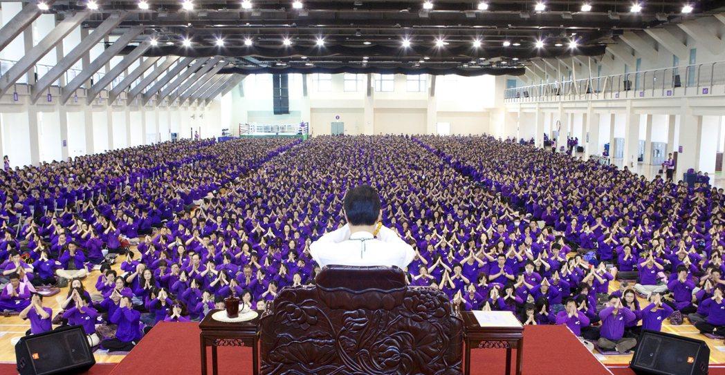 妙禪師父佈道大會。圖擷自佛教如來宗官網
