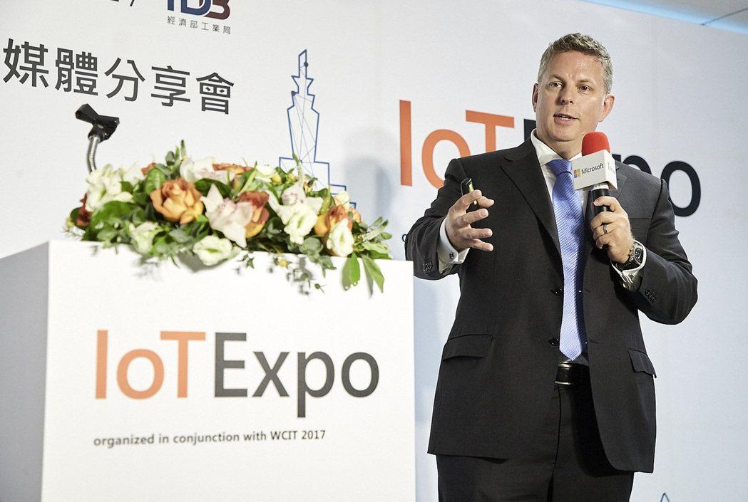 微軟全球副總裁詹森‧桑德(Jason Zander) 特來台見證此次合作。 台灣...