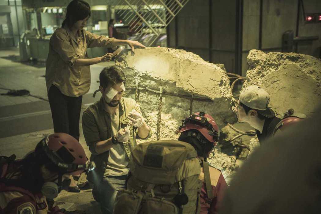 「麻醉風暴2」大場面爆炸戲吸睛。圖/公視提供