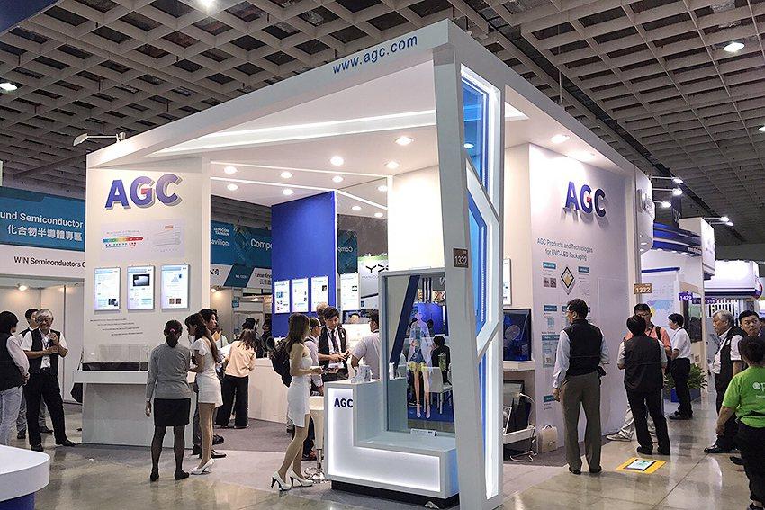旭硝子集團 (AGC Group)在南港展覽館一館的「1332」攤位展出。 曹松...