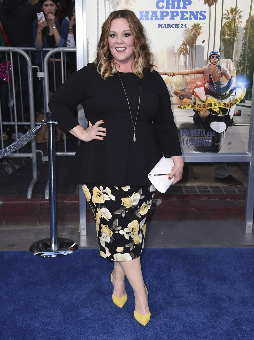 喜劇女星瑪莉莎麥卡錫以她在綜藝節目「周六夜現場」短劇中,模仿前白宮發言人史派瑟的