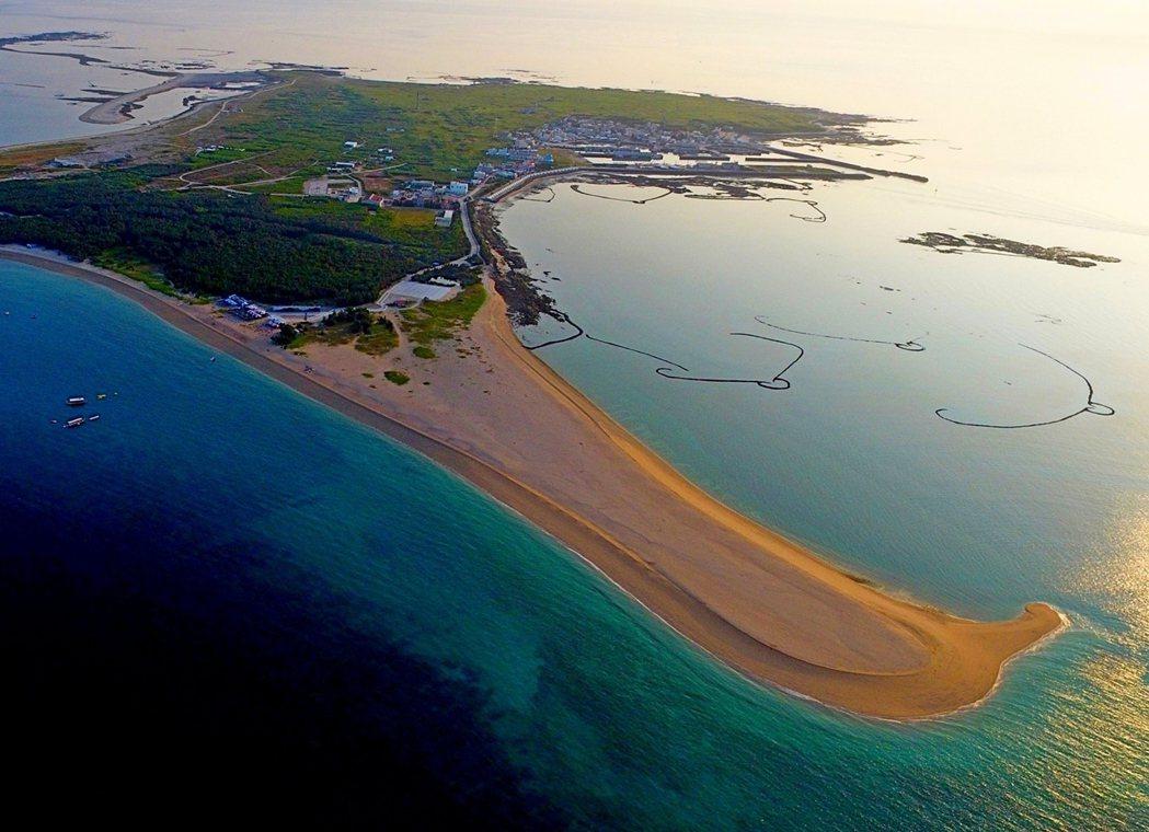 吉貝很美,來此享受世界級的美麗海灣時,政府和人民也能擁有相對的管理和態度。 圖/...