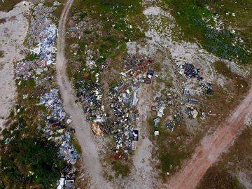 絕美的吉貝,不入流的垃圾棄置管理問題