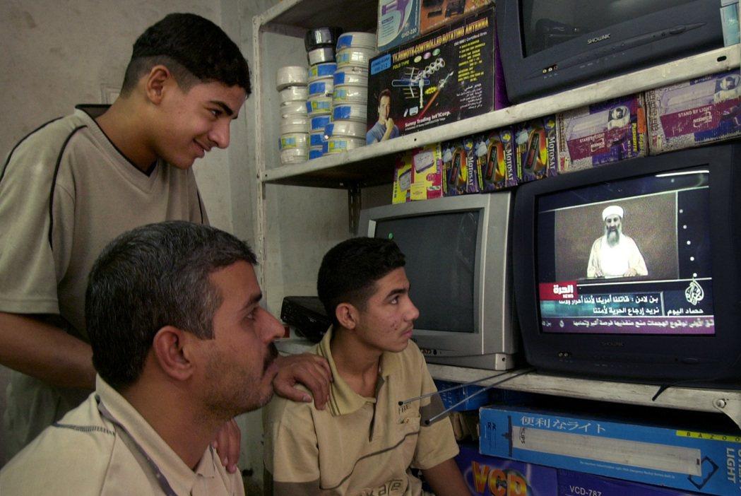 9月11日,紐約發生了「大事」,半島也因蓋達組織領袖,奧薩瑪.賓拉登的專訪影片,...