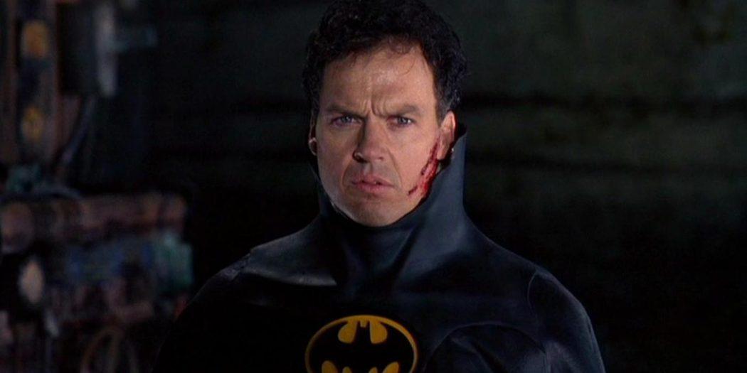 米高基頓曾飾演「蝙蝠俠」。圖/摘自推特