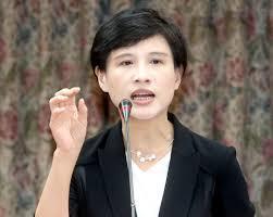 文化部長鄭麗君表示將與地方協力設立台灣漫畫史料館,並將ACG整體產業政策納入國家...