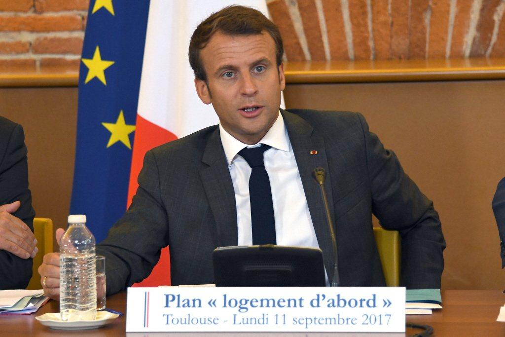 法國總統馬克宏近日稱反對勞動法改革者「無所事事」,引發一些民眾的不滿。路透