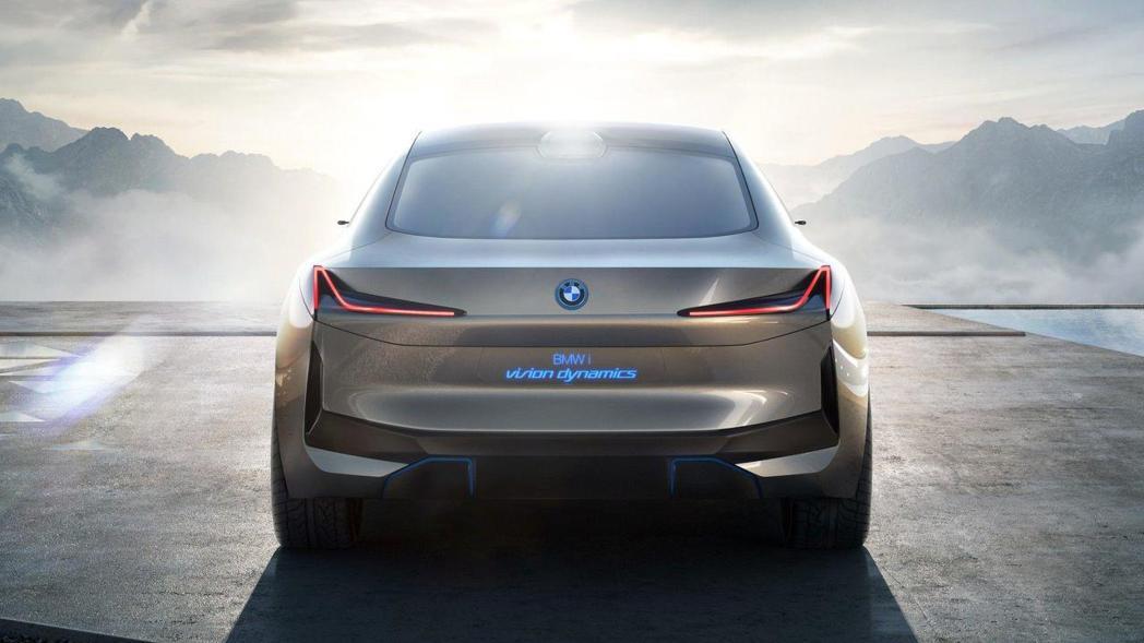 BMW i Vision Dynamics 車尾。 摘自BMW