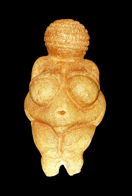 維倫多爾夫的維納斯(Venus of Willendorf)。 圖/wikipe...