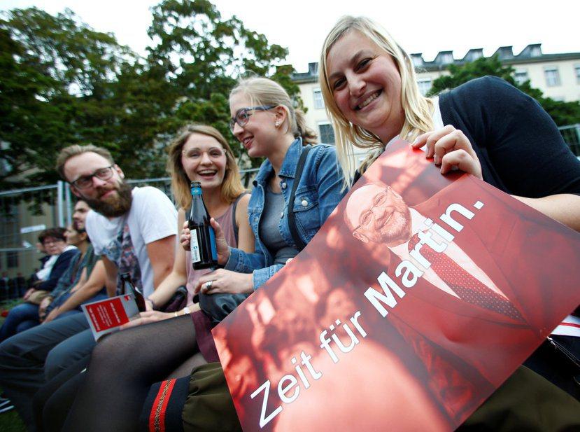 二月初的「舒爾茲熱」,帶動了社民黨的新黨員成長。 圖/路透社