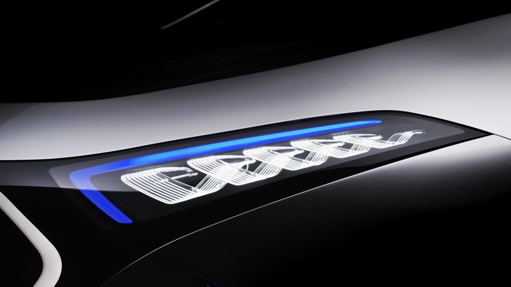 EQ A Concept將搭載LED頭燈組。 圖片來源:M.Benz