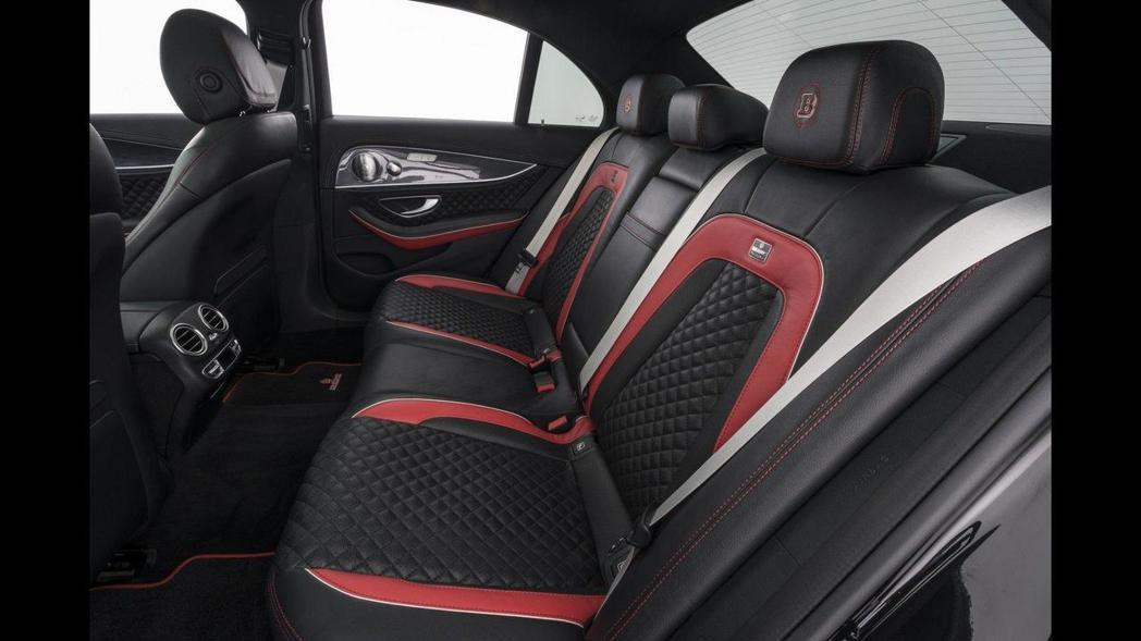 安全帶、車內飾板等,也都可客製化! 圖片來源:Brabus