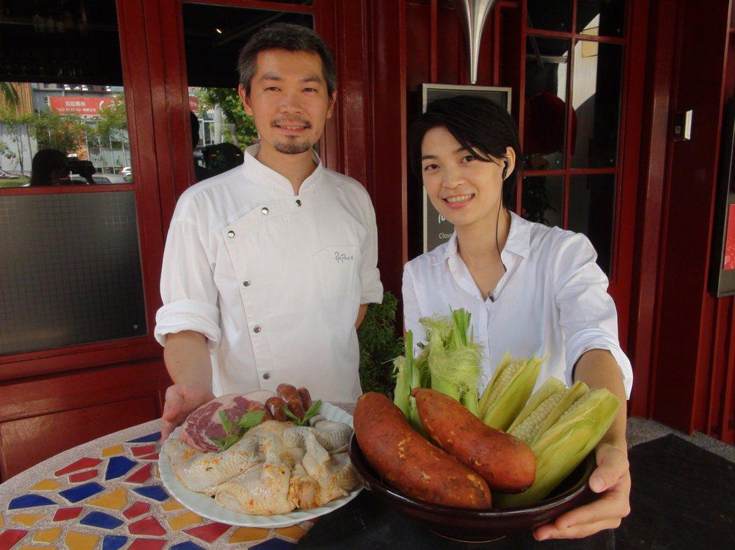七年級生洪孟暉(左),大學唸的是醫事技術系,卻在餐廳打工時,點燃他對廚藝的熱情與...