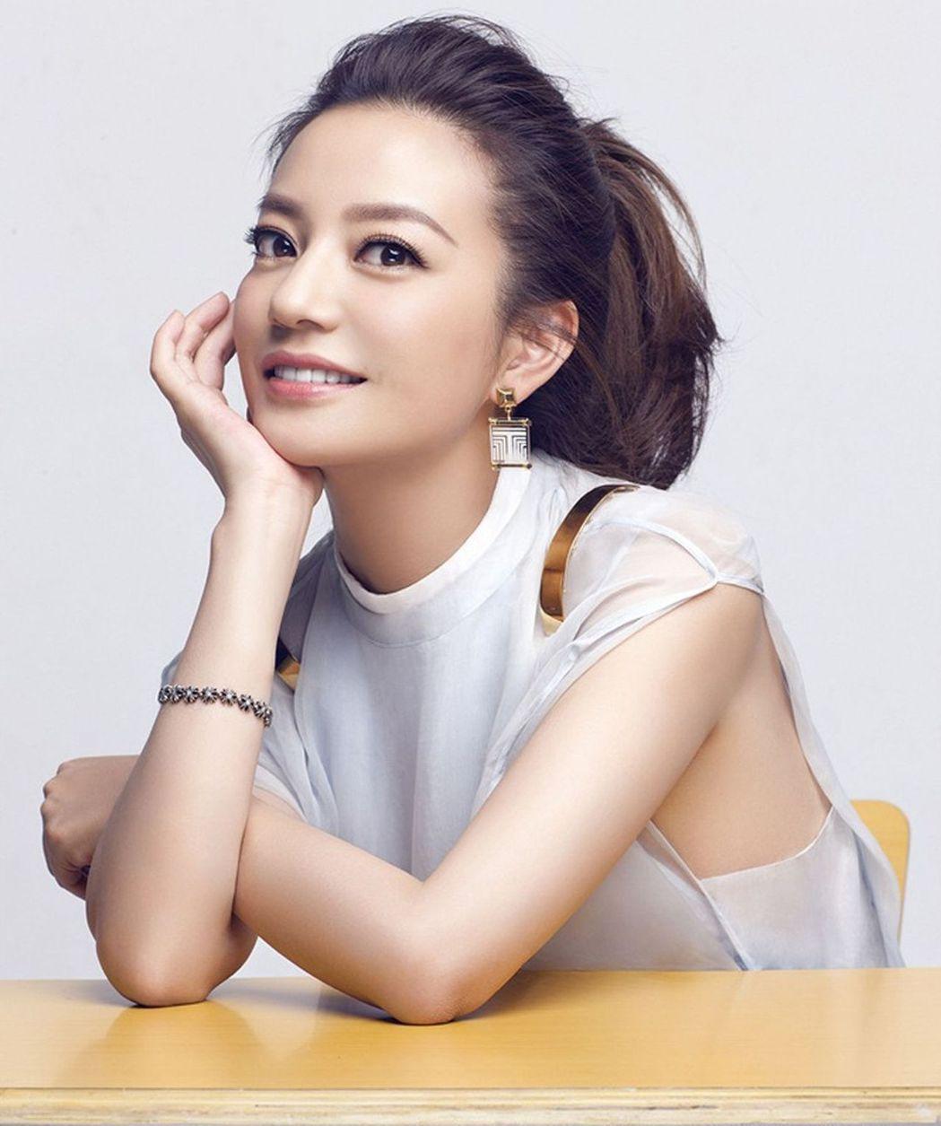 趙薇的導演處女作「致青春」開啟中國大陸青春電影熱。圖/摘自微博