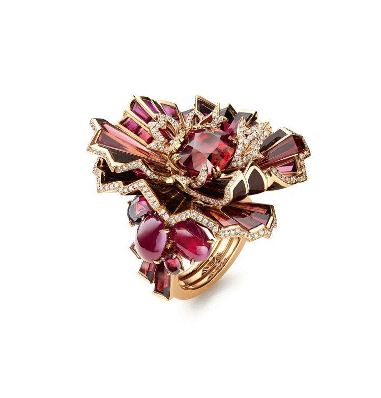 Aria Passionata 熱情詠嘆調戒指,玫瑰金鑲嵌一顆產自莫桑比亞、重6...