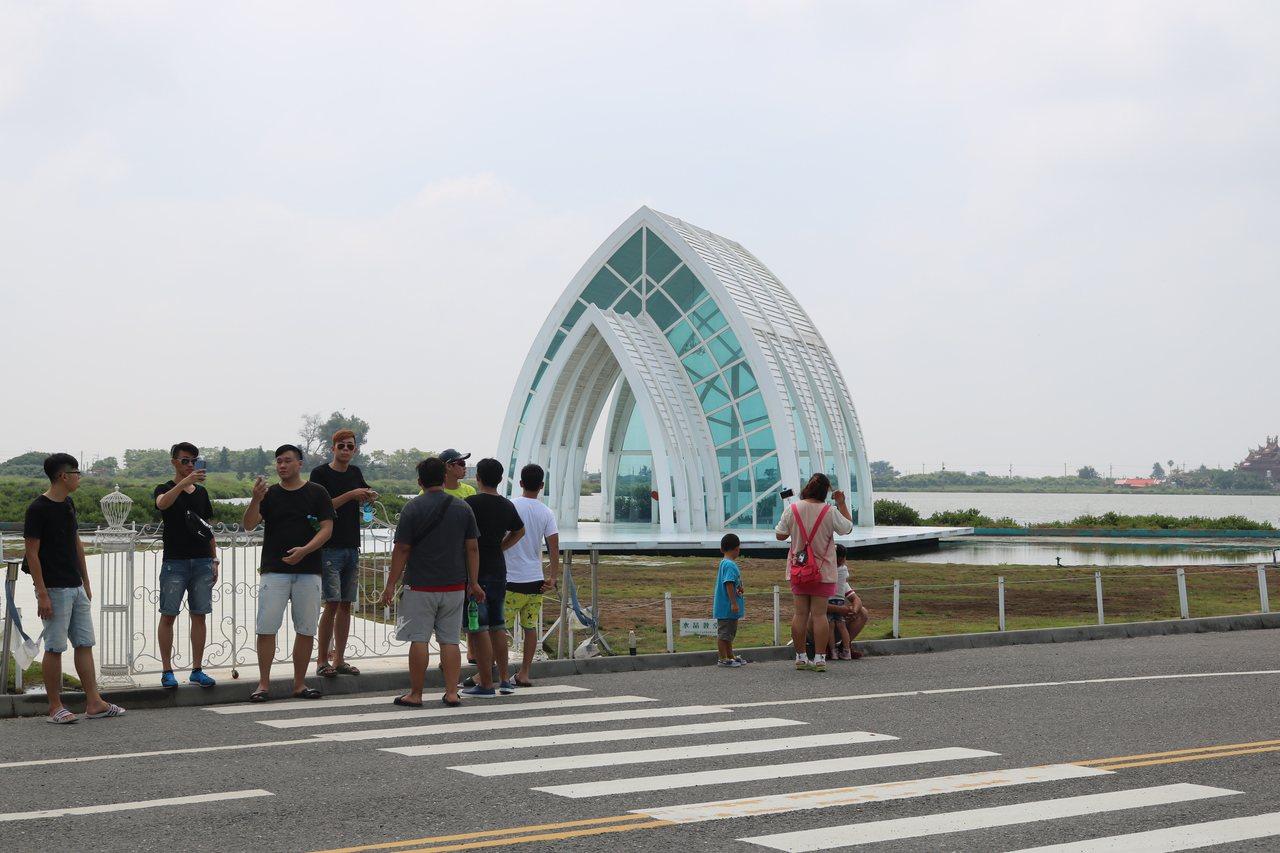 台南北門水晶教堂「改裝」年底呈現新氣象