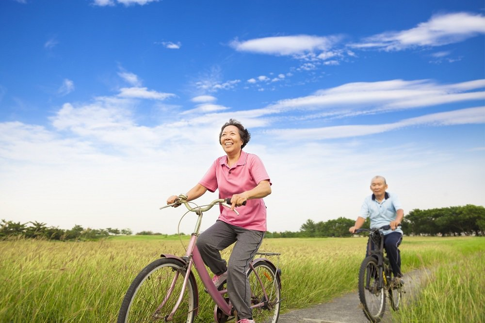 康健人壽調查發現,多數台灣民眾不覺得自己老,容易掉入年齡陷阱。康健人壽/提供