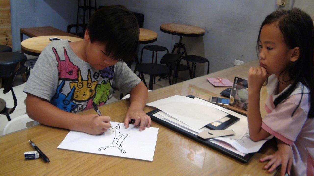 狂想變LINE貼圖 10歲童讓人「掉下巴」