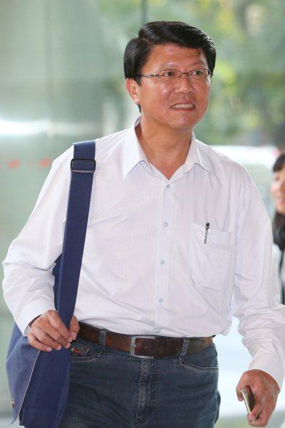 台南市議員謝龍介昨北上在金華官邸附近找房,要「一路跟隨」賴清德。 聯合報系資料照...