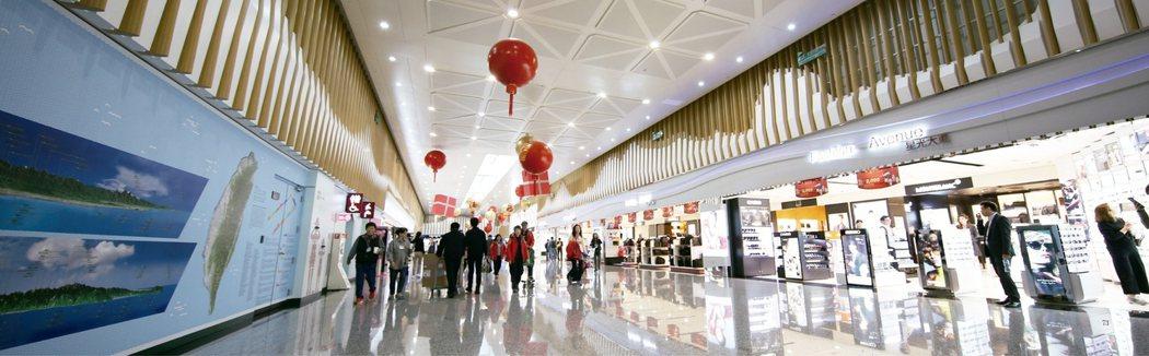 觀光苦撐產業,采盟免稅商店宣示永續經營的決心與穩定就業市場的誠意。采盟/提供