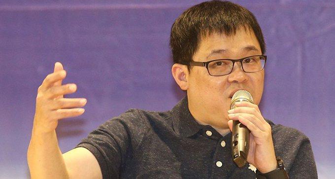 星宇航空創辦人張國煒以「迎向挑戰 無所畏懼」為題演講。 記者蘇健忠/攝影