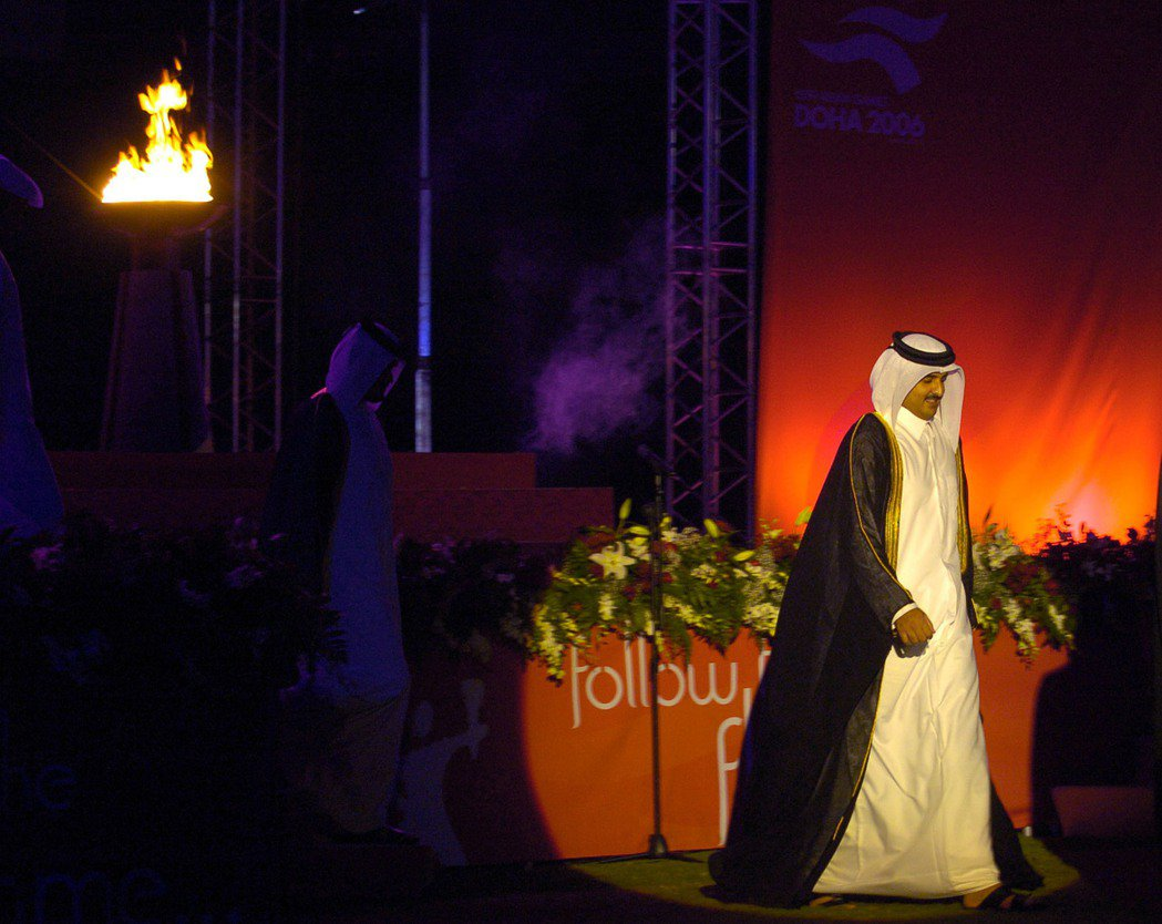 繼位的新任埃米爾塔米姆(Tamim bin Hamad Al Thani)對於媒...