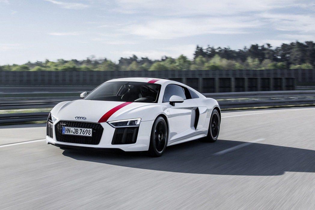 Audi R8 RWS具備均衡的操控駕馭感受,成功完美將R8 LMS的駕馭理念帶到街道上。 圖/Audi提供
