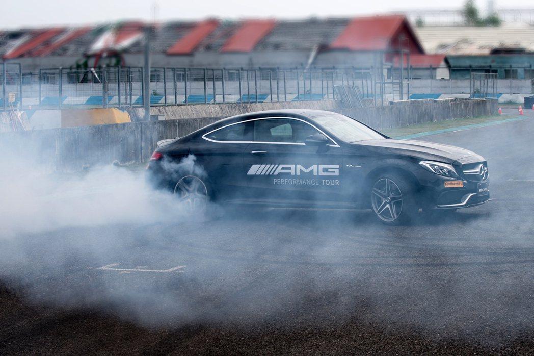 2017年「AMG Driving Academy」AMG 駕駛學院第一階段報名...